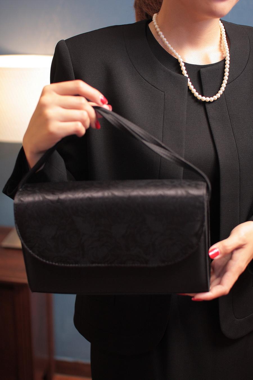バッグ、ネックレスなど小物は、他のドレスのコーディネートの物と取り替えられます(交換できます)♪♪
